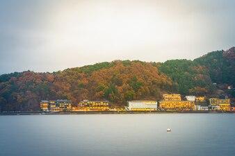 Yamanashi, Japón - 22 de noviembre: Kawaguchiko en Yamanashi, Japón