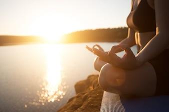 Yoga de la aptitud de ocio turístico natural