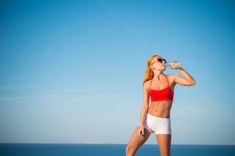 Acqua potabile dalla bottiglia