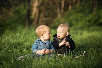 Amicizia gioia infanzia infanzia felice