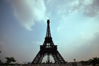 Bahria Torre Eiffel Lahore