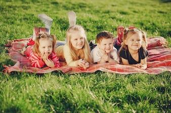 Bambini nel parco