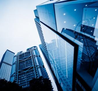 Basso angolo di vista dei grattacieli