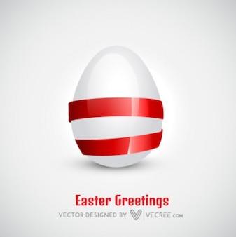 Bianco uovo di Pasqua con nastro
