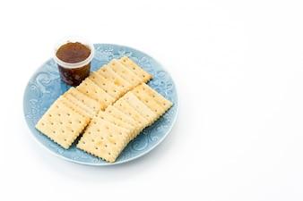 Biscotto con marmellata di ananas