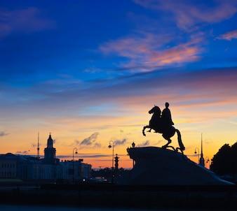 Cavaliere in bronzo a San Pietroburgo