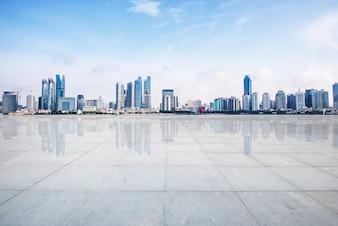 Cemento sentiero skyline costruzione spazio