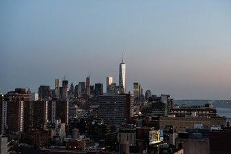 Centro del centro di Manhattan kong mare