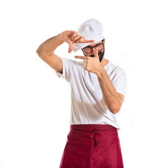 Chef concentrando con le dita