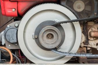 Close-up di vecchio motore del trattore