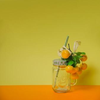 Concetto di succo di arancia