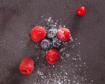 Cuocere dessert di frutta