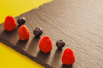 Dessert di frutta elegante