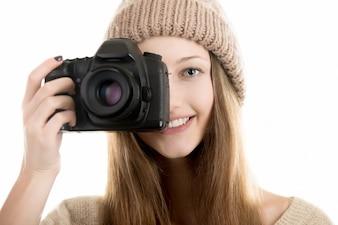 Donna con una grande macchina fotografica