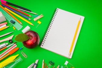 Elementi matita bordo Blocco note per