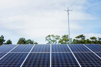 Energia alternativa a pannelli solari