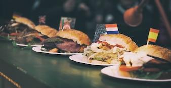 Hamburger con bandiere del paese