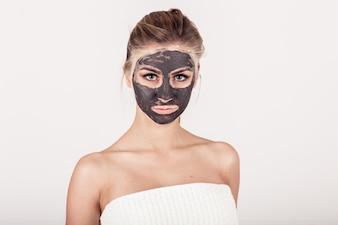 Il rilassamento della pelle del viso trattamento viso