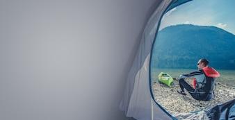 Lago Shore Camping con kayak