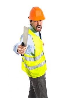 Lavoratore con coltello