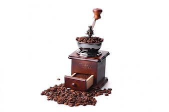 Macinino da caffè su sfondo bianco
