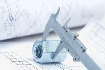 Metallico stampa architetto costruzione foreman