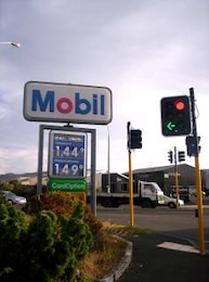 Mobil, sinistra