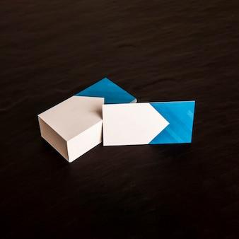 Mockup biglietto da visita blu