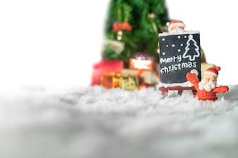 Natale decorazione santa, concetto di natale e idea in inverno con la neve.