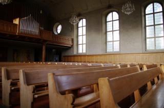 panche della chiesa, sedili