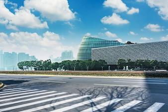 Percorso commerciale architettura esterna della città