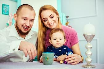 Persona genitore divertimento genitori parenting