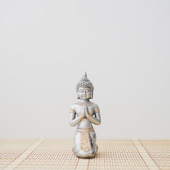 Primo piano della figura di Buddha