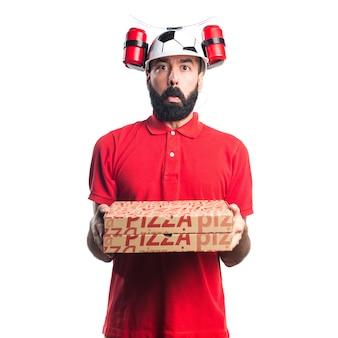 Sad uomo di consegna pizza