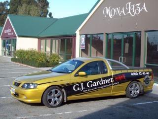 Società veicolo utilitario grafica