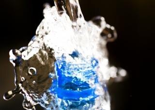 Splash oltre bottiglia