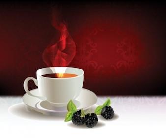 Tazza da tè realistico con le more in uno sfondo rosso