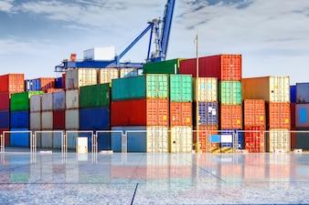 Terminal container? Molo, trasporto