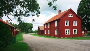 Celeiro casa rural céu nuvens fazenda casa suécia