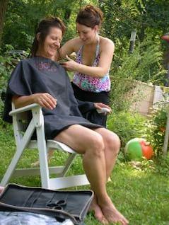 corte de cabelo ao ar livre
