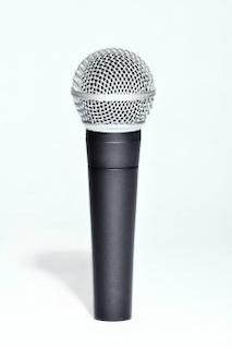 Microfone, eletrônicos