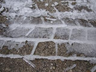 faixa de pneus congelados