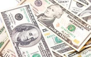 notas de dólar, o dinheiro