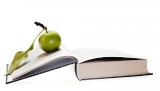 maçã em livro