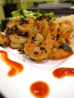 alho prato de camarão pimenta
