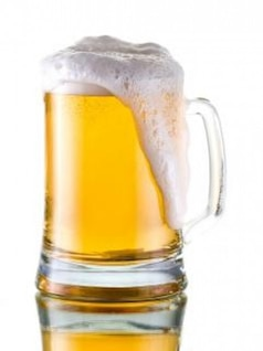 caneca de cerveja de vidro de álcool