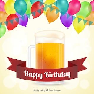 Cartão do feliz aniversario com cerveja