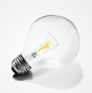 Limpe lâmpada elétrica