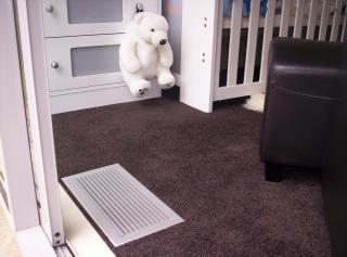 Aberturas de ventilação no quarto de Babys