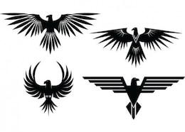 águia tatuagens com asas abertas